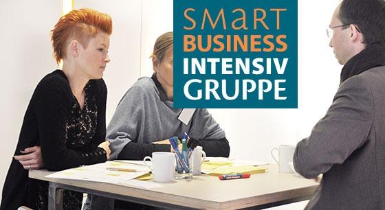 smart-business-intensivgruppe-tisch